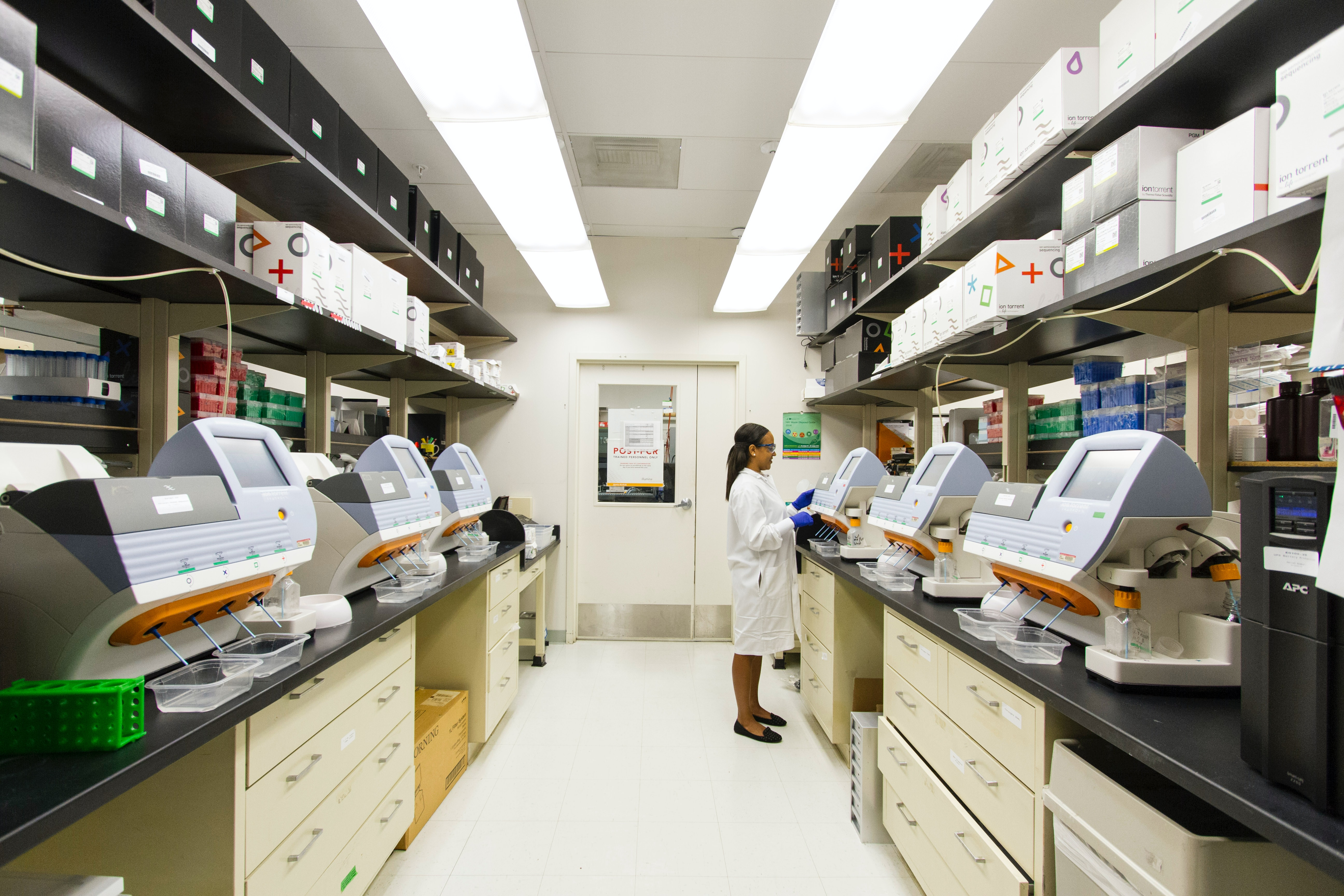 Vaccine development laboratory